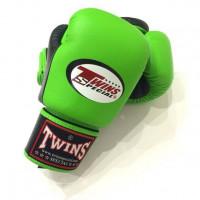 Боксерские перчатки Twins BGVL-3T green/black